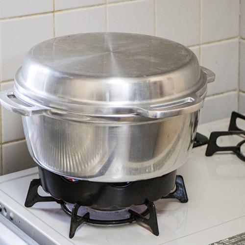 無水鍋のパン焼き必需品、過熱防止センサー対応補助五徳「焼き台」