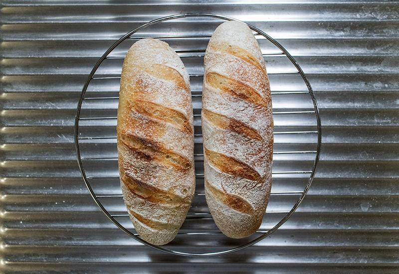 無水鍋で作るホシノ天然酵母のミニフランスパン
